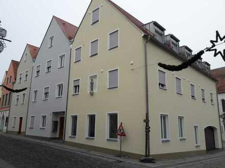 Stilvolle, neuwertige 2-Zimmer-Maisonette-Wohnung mit gehobener Innenausstattung Abensberg-Zentrum
