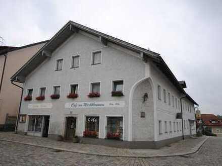 Gemütliche Gaststätte und helles Cafe im Zentrum von Markt Röhrnbach zu vermieten