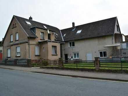 Kapitalanlage! Teilvermietetes Objekt mit 2 Häusern und Nebengebäude