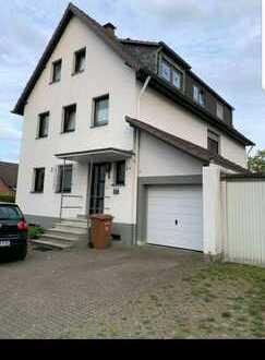 Exklusive, vollständig renovierte 4-Zimmer-Wohnung in Bergisch Gladbach