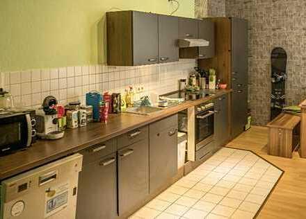 großzügige, gemütliche 2,5-Zimmer Wohnung mit Terrasse im Herzen von Magdeburg!