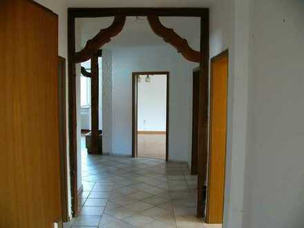 4 Zimmer Eigentumswohnung mit Balkon in zentraler Lage von Mellrichstadt