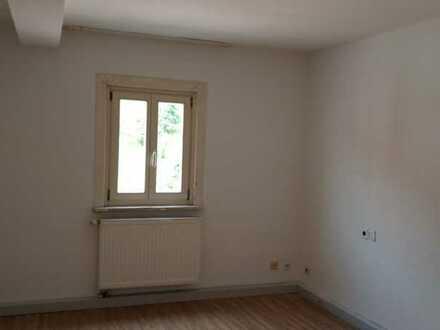 Gemeindeeigene 3-Zimmer-Wohnung mit EBK in Loffenau