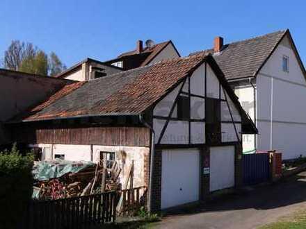 Wohnen und Arbeiten! Geräumiges Einfamilienhaus mit 2 Wohnungen und Nebengebäude bei Göttingen