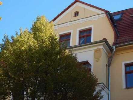 **Zwickau-Marienthal- 3-Raum Wohnung mit Balkon und Stellplatz**Übernahme Einbauküche möglich**
