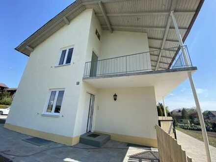 Erstbezug nach Sanierung: schöne 3-Zimmer-Wohnung mit Balkon in Höslwang
