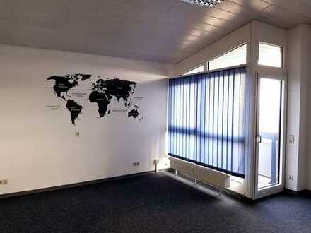Sehr moderne und repräsentative Büroflächen in Plattenhardt zu vermieten