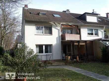 Köln-Ostheim - gepflegtes Reihenhaus mit 2 separaten Wohnungen (aufgeteilt nach WEG)