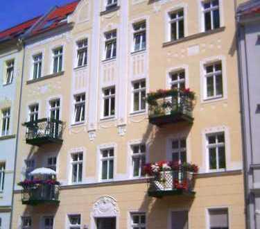 Bild_Schöner wohnen am Goetheplatz mit Balkon!