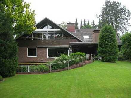 Traumhaftes Grundstück mit gepflegtem Mehrfamilienhaus in ruhiger Lage von HH-Niendorf