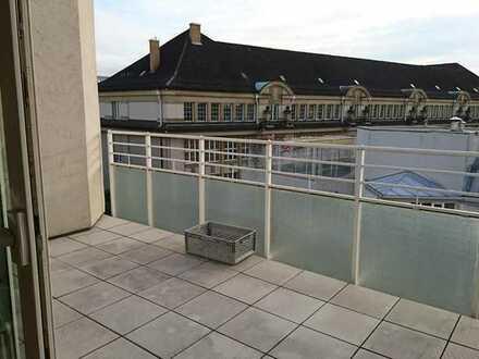 Gemütliches Zimmer mit eigenem Balkon in KA-Innenstadt