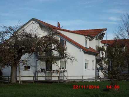 Nette DG-Wohnung in ruhiger Wohngegend, provisionsfrei