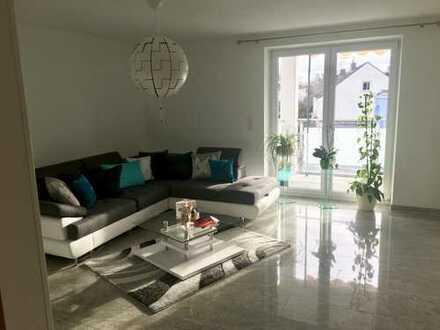 Großzügige 3-Zimmer-Wohnung mit Süd-Balkon in Augsburg