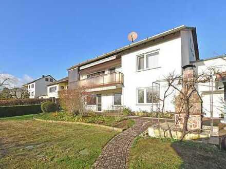 Sehr gepflegtes und geräumiges Wohnhaus mit Einliegerwohnung in Grebenstein