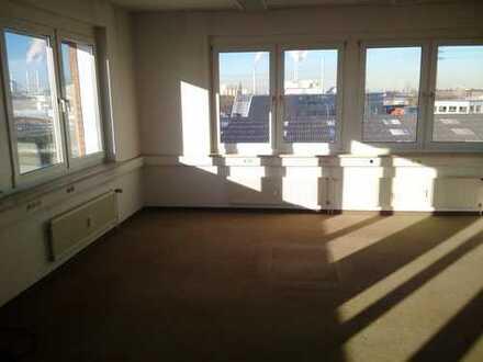 Bürofläche mit 175 m² sucht neue Mieter / weitere Büroflächen verfügbar