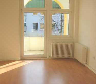 Bild_Schöne 1,5 Zimmer-Single-Wohnung mit Balkon + EBK in Berlin-Reinickendorf