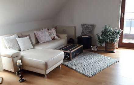 Exklusive, modernisierte 3-Zimmer-Maisonette-Wohnung mit Balkon und EBK in Remseck-Neckargröningen