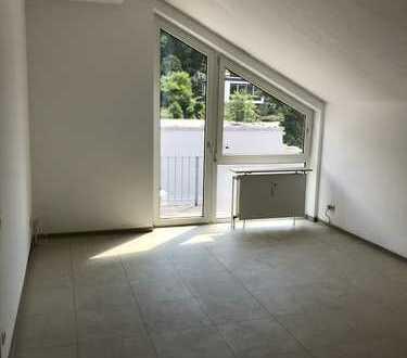4-Zimmer-DG-Wohnung mit Balkon in Rösrath-Hoffnungsthal