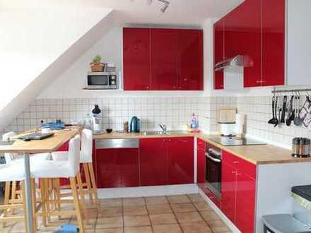 Schöne 3 Zimmer Maisonette Wohnung mit Kamin in Rheindorf Süd *Provisionsfrei*