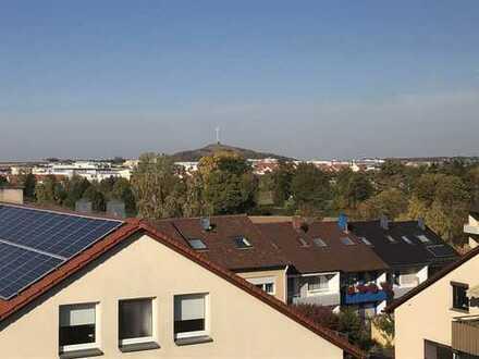 Erstbezug nach Sanierung: exklusive 3-Zimmer-DG-Wohnung in Gerlingen