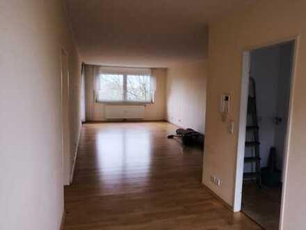 Ansprechende 3,5-Zimmer-Wohnung mit Balkon in Mönchengladbach