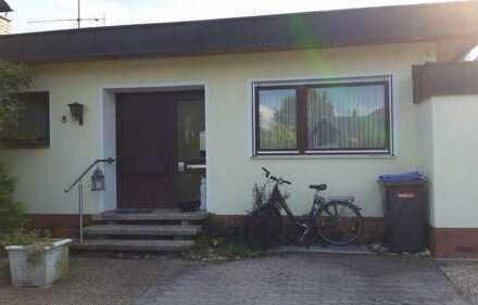 Schönes Haus mit sieben Zimmern in Neunkirchen am Brand
