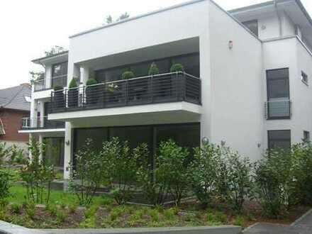 Moderne Luxuswohnung in Junkersdorf mit Garten
