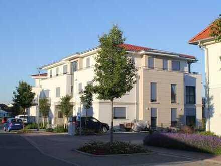 Wohnung mit Privatgarten - Aufzug - Autostellplätze