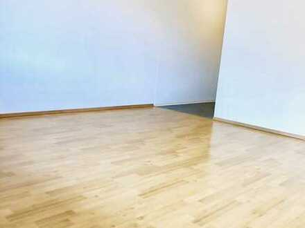 schöne 1,5 ZKB mit Balkon 38 qm , 510 € kalt