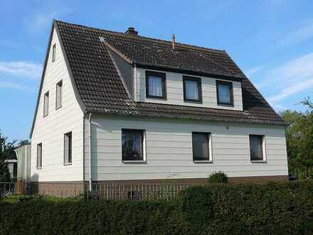 Modernisiertes Ein-/Zweifamilienhaus in ruhiger Ortsrandlage mit großzügigem Grundstück