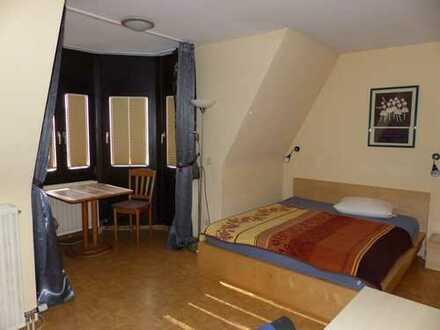 Möblierte Ein-Zimmer Wohnung mit Einbauküche in Mannheim