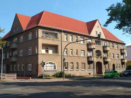 Wunderschöne 2 Zimmerwohnung in zentraler Lage mit Balkon