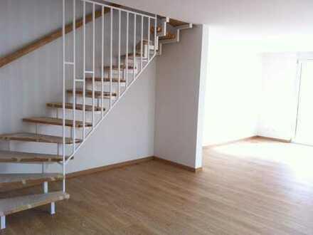 Zweitbezug 5 Zimmer neuwertiges Endreihenhaus mit Garten in Riedstadt-Goddelau