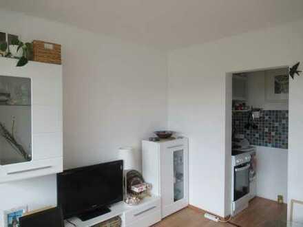 Helle möblierte 1-Zimmer-Wohnung mit Balkon und EBK in Ulm-Mitte