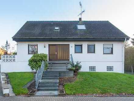 Top Kapitalanlage - gepflegtes Mehrfamilienhaus in guter Lage von Ellinghausen !