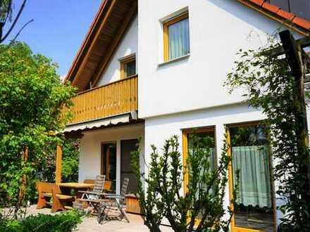 Sonniges und ruhiges Einfamilienhaus in verkehrsgünstiger Lage im Münchner Westen