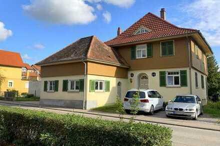 Schönes Zweifamilienhaus mit Potenzial