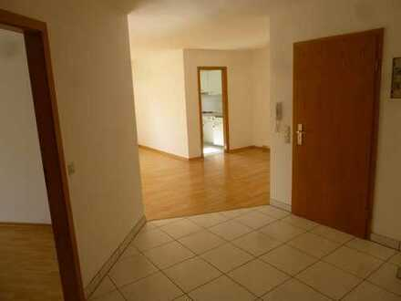 Gepflegte 4-Zimmer-Wohnung mit Balkon und EBK in Welzheim
