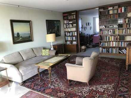Exklusive 5-Zimmer-Wohnung mit Balkon in München-Schwabing von PRIVAT