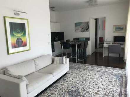 Luxuriöse 2 Zimmerwohnung mit Einbauschränken und Einbauküche - auch teilmoebeliert zu vermieten