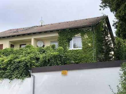 Doppelhaushälfte in Gauting, Ortsteil Buchendorf