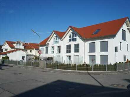 Neuwertiges geräumiges Haus mit gehobener Ausstattung und lichtdurchflutet, in S-Bahnnähe, KFW 40
