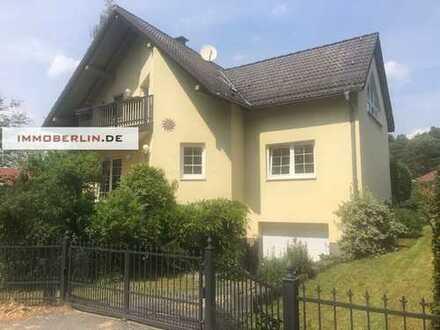 IMMOBERLIN: Großartiges Ein-/Zweifamilienhaus in Wald- & Wassernähe