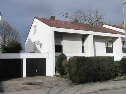 Reihenendhaus mit Wintergarten und Garage in guter Wohnlage
