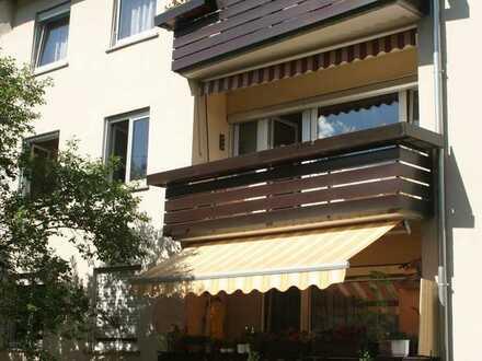 Ideale Kapitalanlage: Sanierte 4-Zimmer-Wohnung mit Balkon und EBK in Stuttgart