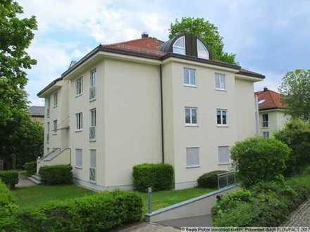 Neubau mit Balkon & Fernblick!