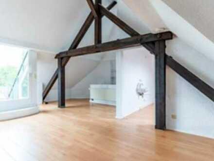 Stilvolle, 5-Zimmer-Maisonette-Wohnung mit Kamin und EBK in Karlsruhe