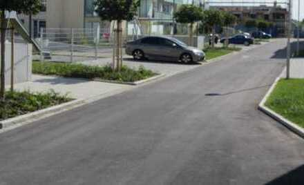 Zusätzlicher Außenstellplatz für Ihr Fahrzeug im Sheridan Park !!