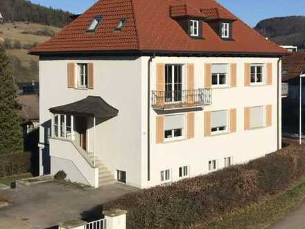 900 €, 110 m², 4 Zimmer