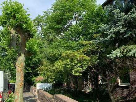 Erdgeschosswohnung mit eigenem Eingang, Terasse und Garten in Duissern
